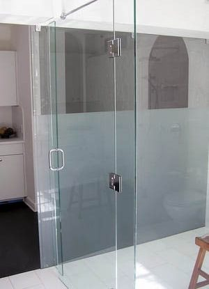 Image of hinge glass to glass shower pss